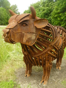bull art work stature
